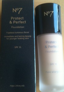 No 7 Protect & Perfect Foundation