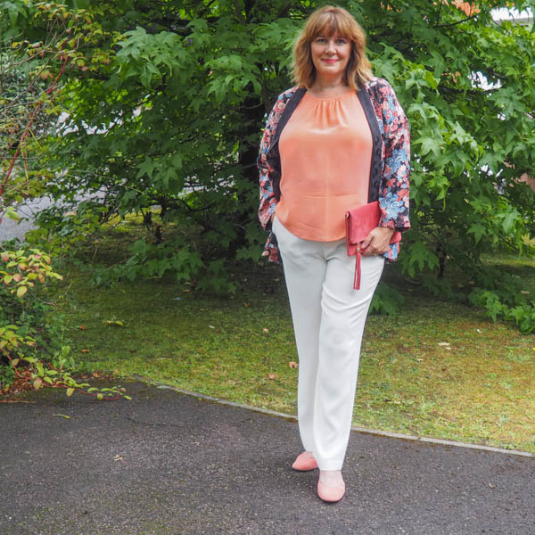 Capsule wardrobe, Ivory wide leg trousers