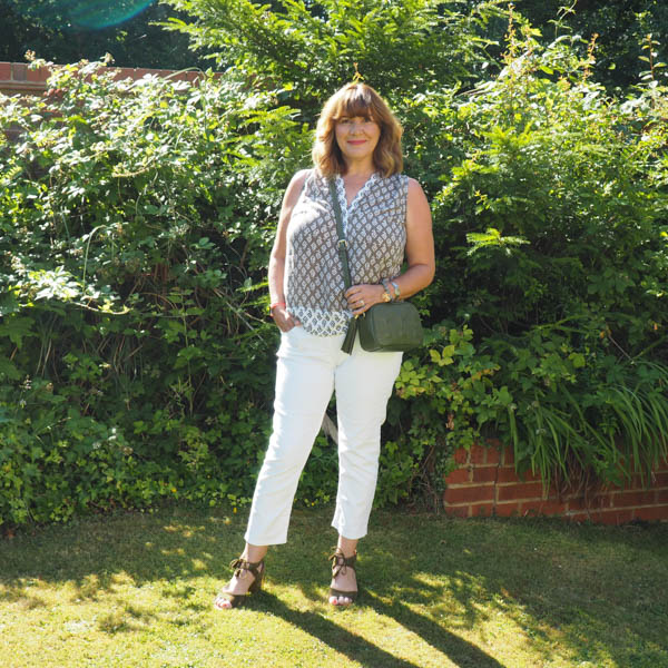 summer capsule wardrobe essentials