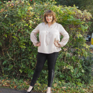 Capsule Wardrobe Essential for Easy Outfit Options – Silk Blouse