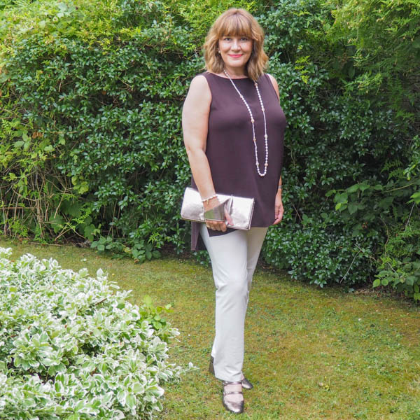 Capsule wardrobe, Ivory smart casual trousers