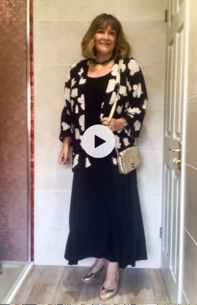 How to Wear a Kimono Jacket 3 ways, with a maxi dress and gold accessories